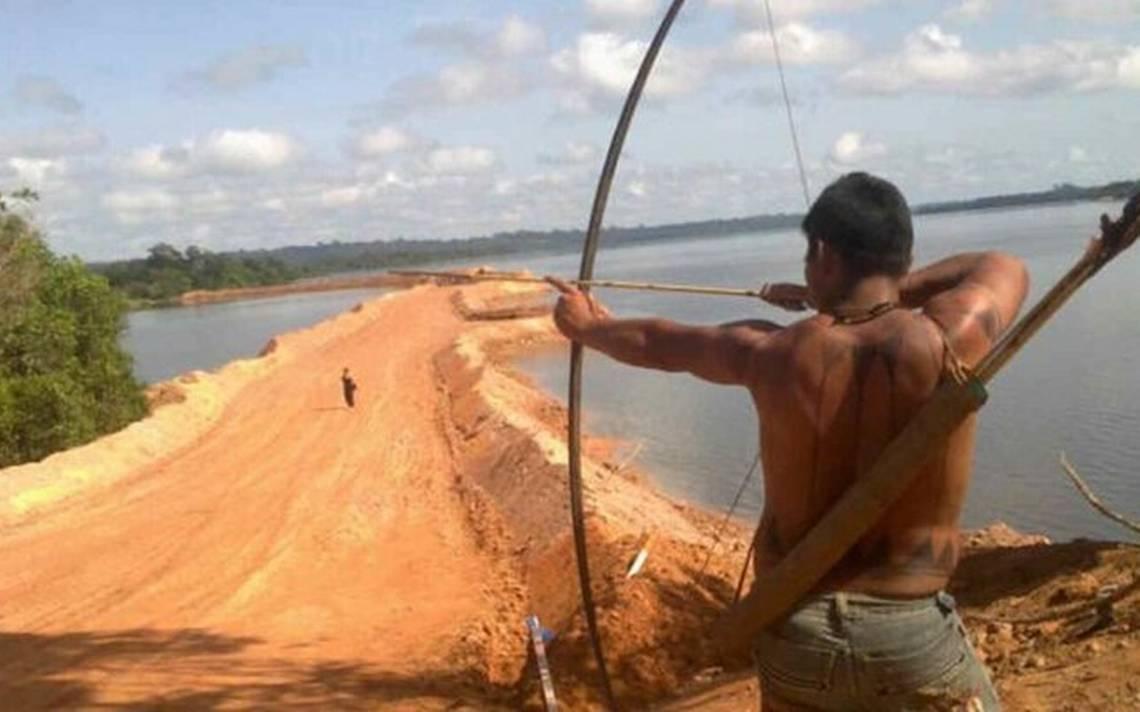 Tribu aislada de Brasil mata a indigenista de un flechazo - El Sol de San Juan del Río